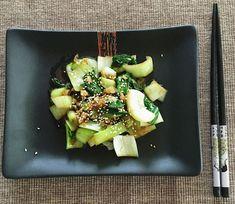 Gyömbéres-fokhagymás pak choi Pak Choi, Wok, Celery, Vegetables, Ethnic Recipes, Vegetable Recipes, Woks, Veggies