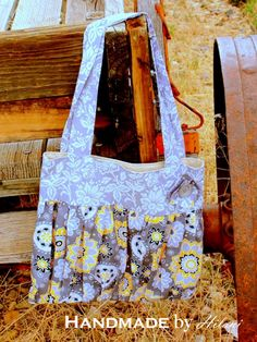 Love this handmade {Tote} by @Juanita Martin by Hilani