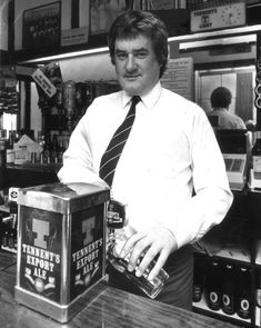 Jim Baxter pours a pint in the Sportsmans Bar in Govan. Rangers Football, Rangers Fc, Macbeth Witches, Glasgow Scotland, The Past, Soccer, Nottingham, Cities, Paisley