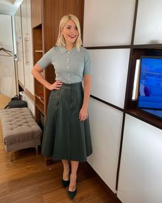 """Holly Willoughby on Instagram: """"Morning Tuesday... how are you today? All good here... day by day right? See you on @thismorning at 10am. Today we have the wonderful…"""" Holly Willoughby, Office Outfits, Feminine Style, Knitwear, High Waisted Skirt, Tulle, Zara, My Style, Sexy"""