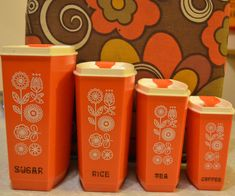 Sugar, Rice, Tea, Coffee canisters to add to the counters in the kitchen Vintage Love, Vintage Decor, Retro Vintage, Vintage Items, Vintage Canister Sets, Vintage Kitchenware, Orange Kitchen, Kitchen Retro, Retro Kitchens