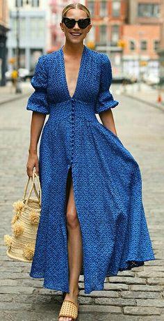Women Sexy Deep V-Neck Maxi Dress - Herren- und Damenmode - Kleidung Spring Dresses, Short Dresses, Dresses Dresses, Dresses Online, Elegant Dresses, Dress Outfits, Dress Long, Quince Dresses, Beautiful Dresses