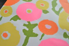 Vintage Wall Paper - Mod Pink and Orange Flowers - One Sheet