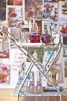 It's no surprise that the bar cart/table became widely popular in the 1940's when prohibition ended and everyone could enjoy a beverage out in the open...and did they ever!