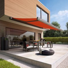 Outdoor Living And Contemporary Spaces Markiluxaustralia Folding Arm Awnings Call The Experts