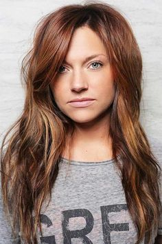 brown auburn balayage hair looks. Medium Auburn Hair, Dark Auburn Hair, Dark Red Hair, Hair Color Auburn, Hair Color Highlights, Red Hair Color, Auburn Red, Brown Hair, Magenta Hair Colors