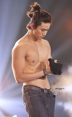 Taecyeon <3---there should have been a scene featuring this costume in lets fight, ghost.