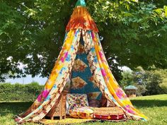 Shabby chic Wedding Decor Backdrop Outside decorations MADE TO ORDER teepee tent centerpiece patchwork bed eco friendly Bohemian hippiewild Meditation Raumdekor, Meditation Room Decor, Indian Meditation, Bed Tent, Canopy Tent, Teepee Tent, Play Tents, Diy Canopy, Canopy Outdoor