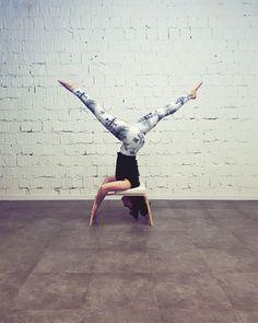 yoga inspiration by Irmina. Standup yoga poses. Yoga pants Freeme Yoga. www.freemeyoga.com