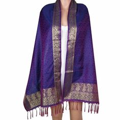 Rectangular scarf in poly jacquard handmade in BenarasSize: 50 Cm x 182 Cm.Dry clean only.All purpose, formal, casual and evening wear.Polyester Viscose Scarfs made by weavers of Banaras.This item can be shipped to