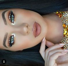 Love this makeup look