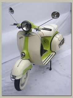 Classic Vespa scooter from 1972 - Classic and Vintage Motorcycles