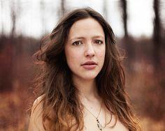 «Instinct Naturel», une série de Charlène Dumoulin, photographe du collectif Prisme Noir http://www.charlenedumoulin.com http://prismenoir.com