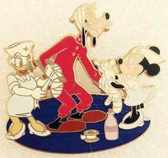 Disney Pin Pics #54021 Nurses Day 2007 Minnie Goofy Daisy No Card LE 250 VHTF