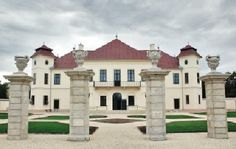 Palaces, Hungary, Scotland, Medieval, Castle, England, Europe, Mansions, House Styles