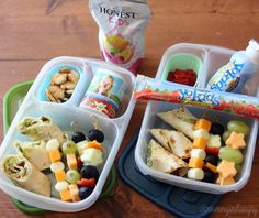 2 school lunches packed in EasyLunchboxes