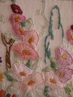 Liked on Pinterest: Original and Vintage Hand Embroidery | Needlecrafter Gallery