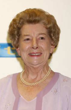 Jean Alexander, Coronation Street Played: Hilda Ogden (1964–87)  'Coronation Street' bosses reportedly wanted Jean to be involved in the 50th anniversary celebrations in 2010, but she declined. In 2012, she announced her retirement from acting.