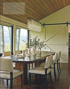 Love this rustic luxe dining room