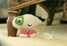 Crochet pattern for Marcel the Shell with shoes on