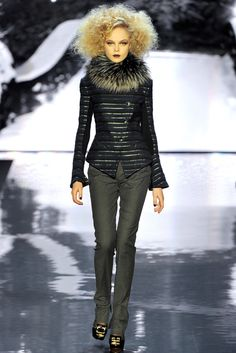 Badgley Mischka Fall 2012 Ready-to-Wear - Collection - Gallery - Look 6 - Style.com