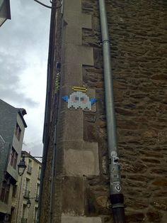 #PixelArt Space Invader Angel in #Nantes