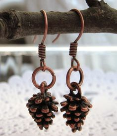 ..(0_0)..  pinecone earrings