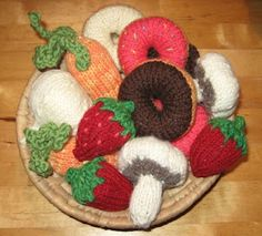 knitted food patterns for play kitchen. Plz make for mya!! She'd love little blueberries, strawberries, and broccoli please!