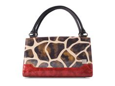 The Miche Bag from Magnolia Lane; it's chic, fun, stylish and it's all the same bag.