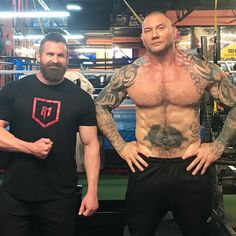 Work out like Guardians of the Galaxy's Drax the Destroyer with this Dave Bautista inspired workout program! Read on and start building beastly muscle! Best Bodybuilding Supplements, Bodybuilding Training, Bodybuilding Motivation, Hero Workouts, Gym Workout Tips, Dave Bautista, Lose Belly Fat Men, Muscle Fitness, Fitness Life