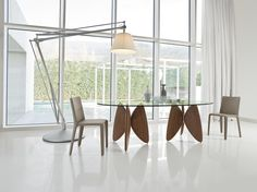 Buy the Vanessa Dining Table by Bonaldo from our designer Tables collection - Showcasing the very best in modern furniture and lighting. Italian Furniture, Luxury Furniture, Modern Furniture, Furniture Design, Contemporary Dining Table, Interior Decorating, Interior Design, Interior Exterior, Glass Table