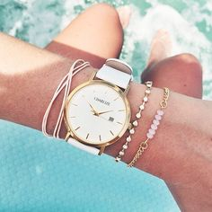 Summer vibes! White & Gold model ✖️ Get yours at www.charlizewatches.com || Free Worldwide shipping #charlizewatches