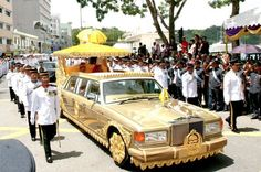 DAMN! Pure Gold! The Sultan of Brunei's Custom Rolls Royce Silver Spur Limo You won't believe how much this costs.. #omg