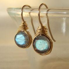 Labradorita pendientes, joyas de piedras preciosas, oro de 14K llena de pendientes, alambre envuelto pendientes de labradorita, rústico Simple