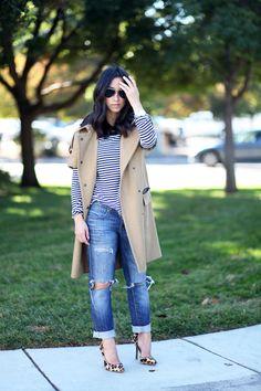 Short sleeve trench / Gap distressed boyfriend jeans