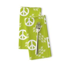 In the groove Blender Peace Sign ~ ©Clau - Spoonflower