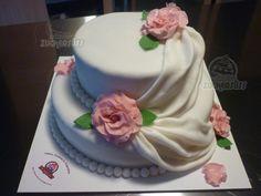 Cake decorated with gum paste roses