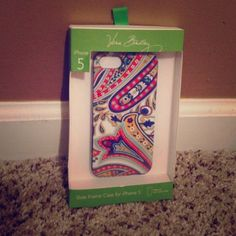 Vera Bradley iPhone 5 case Vera Bradley iPhone 5 case in original pkg Vera Bradley Accessories Phone Cases