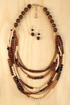 Wooden bead necklace. To see the source оf this item click on the picture. Please also visit my Etsy shop LarisaBоutique: https://www.etsy.com/shop/LarisaBoutique Thanks!