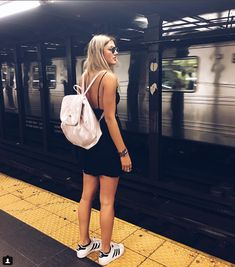 Stephanie Demner Outfits2 @myroslava.carteras http://fashiontvla.com/fashion/cancherisima-el-street-style-de-melina-lezcano-en-nueva-york_10805
