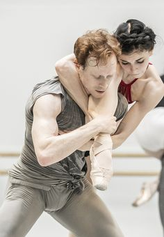 Natalia Osipova & Edward Watson in rehearsal for Tetractys~The Art of Fugue, The Royal Ballet ©ROH, 2014