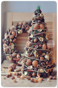Handmade Home Decor Natural Christmas, Christmas Mood, Noel Christmas, Rustic Christmas, Christmas Wreaths, Christmas Ornaments, Holiday Crafts, Holiday Decor, Theme Noel
