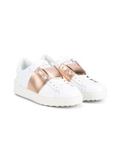 Valentino - Open leather sneakers - These 'Open' sneakers are the Valentino footwear design that we're pining for. The low-top style is crafted from smooth white leather, and features a single golden strip and those signature pyramid 'Rockstuds', both pro Valentino Garavani, Valentino Trainers, Valentino Shoes, White Leather Shoes, White Shoes, Real Leather, Leather Trainers, Leather Sneakers, Basket Rose Gold