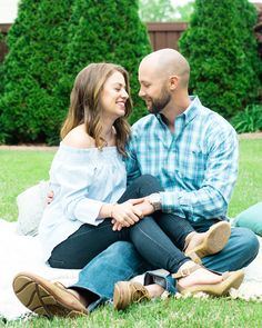 Southern Savvy Events | Anniversary Session | Cinco De Mayo | Couple | Happily Ever After | Anniversary Picnic | Backyard | Party Ideas | Adventures