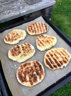 Superweiche Kartoffel-Rosmarin-Fladen - Kochtheke Super soft potato and rosemary flatbread - cooking counter Barbecue Recipes, Pizza Recipes, Grilling Recipes, Bread Recipes, Chicken Recipes, Vegan Recipes, Smoker Recipes, Barbacoa, Smoked Beef Brisket
