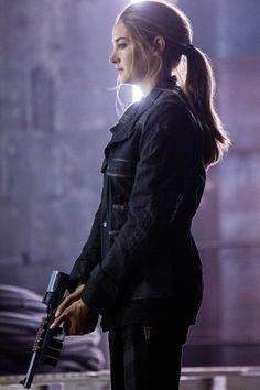 Divergent - Publicity still of Shailene WoodleyYou can find Shailene woodley and more on our website.Divergent - Publicity still of Shailene Woodley Divergent Tris, Divergent 2014, Tris And Tobias, Divergent Quotes, Insurgent Quotes, Divergent Drawings, Shailene Woodley, Castle Tv, Castle Beckett