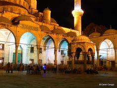Gece Sultan Ahmet Camii Avlusu