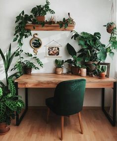 Home Office Design, Home Office Decor, House Design, Green Home Design, Green Interior Design, Interior Office, Office Interiors, Aesthetic Room Decor, House Rooms