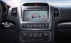 2015 Kia Sorento Crossover SUV - The rear-camera display shows a live image of what's behind your vehicle.