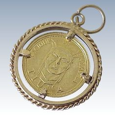 Caciques De Venezuela Gold Coin in Gold Frame circa Coin Jewelry, Charm Jewelry, One Coin, Gold Coins, Antique Jewelry, Charlotte, Bling, Pure Products, Personalized Items